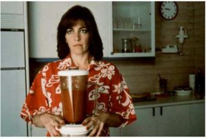 Carmen Maura in 'Women on the Verge of a Nervous Breakdown' makes gazpacho